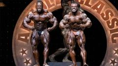 William Bonac vs Brandon Curry Vergleich im Prejudging - Arnold Classic 2019